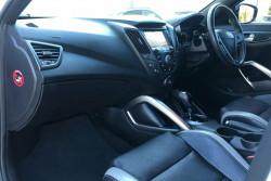 2015 Hyundai Veloster FS4 Series 2 SR Turbo + Coupe