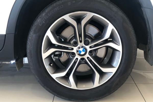 2015 BMW X3 Series F25 LCI XDRIVE20D Hatch Image 2