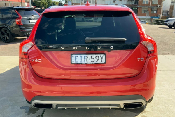 2015 Volvo V60 F Series MY15 T5 Geartronic Kinetic Wagon Image 5