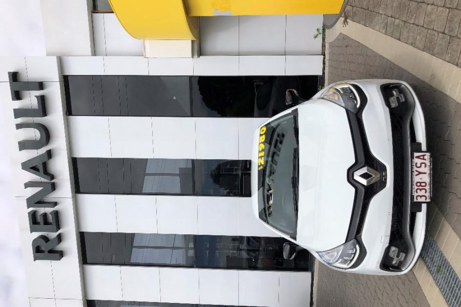 2017 Renault Clio IV B98 Phase 2 R.S. 200 Hatch Image 1