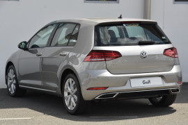 2019 MY20 Volkswagen Golf 7.5 110TSI Highline Hatchback Image 3