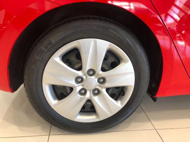 2015 Kia Cerato YD S Hatchback Image 11