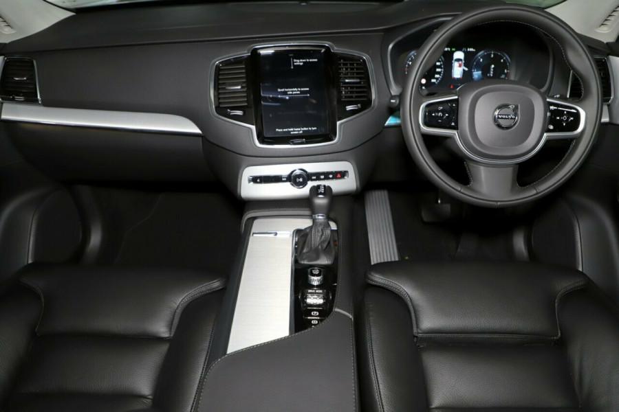 2019 MY20 Volvo XC90 L Series D5 Momentum Suv Mobile Image 5