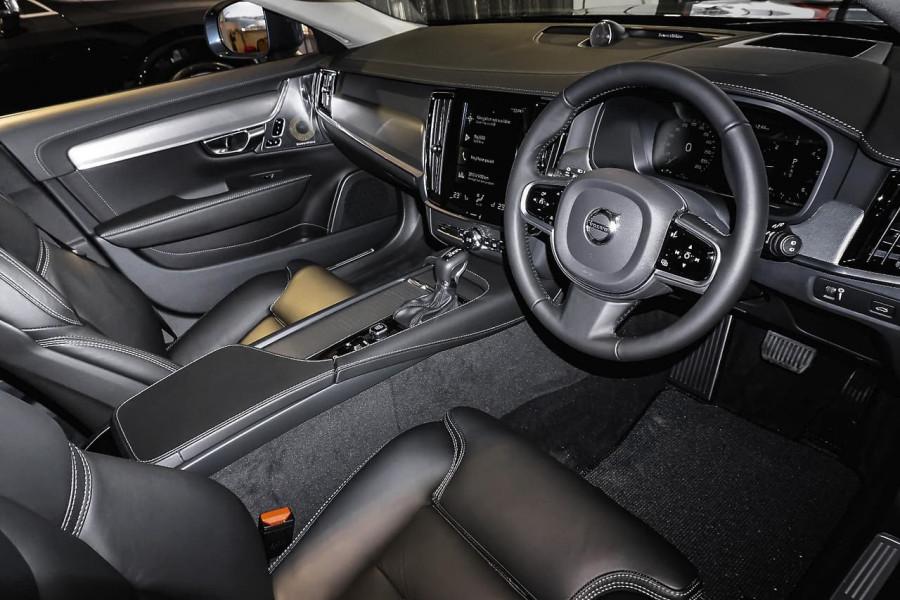 2018 Volvo V90 Cross Country D5 Inscription Wagon Mobile Image 5