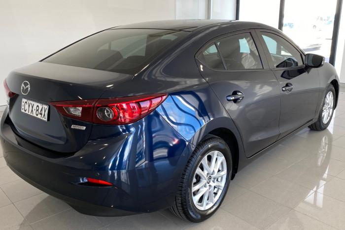 2015 Mazda 3 BM5278 Neo Sedan Image 11