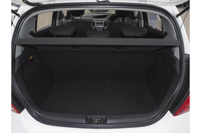 2012 Hyundai I20 PB MY13 Active Hatchback Image 4