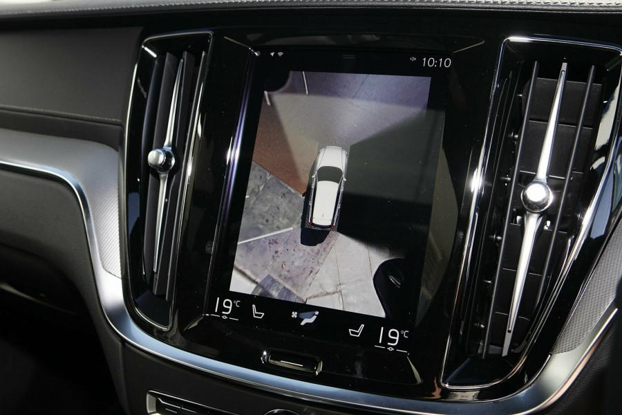 2019 MY20 Volvo V60 T5 R-Design T5 R-Design Wagon Mobile Image 13