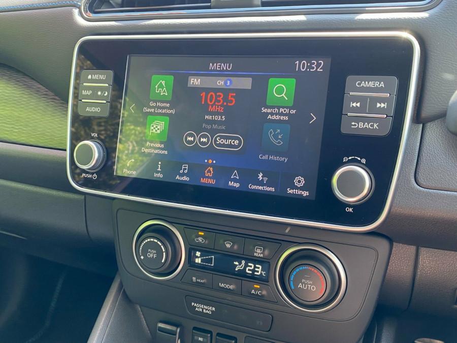 2021 Nissan LEAF ZE1 E Plus Hatchback Image 11