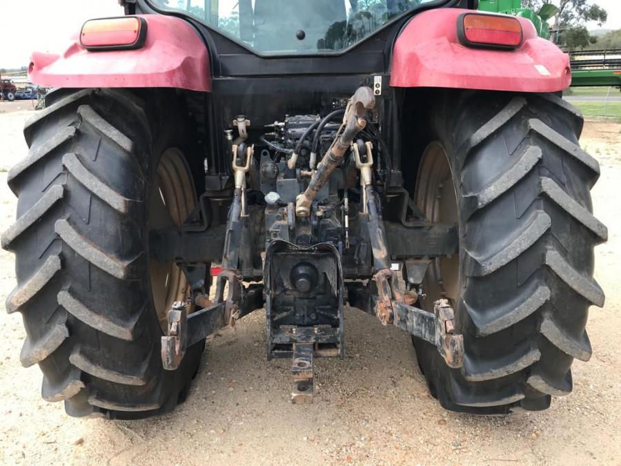 2011 Case IH MAX110 Tractor crawler Image 7