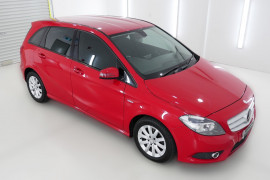 Mercedes-Benz B180 BlueEFFICIENCY W246