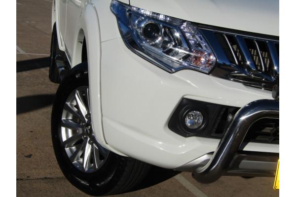 2016 MY17 Mitsubishi Triton MQ GLS Double Cab Pick Up 4WD Dual cab Image 2