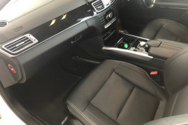2014 Mercedes-Benz E Class E400 FL Sedan Image 4
