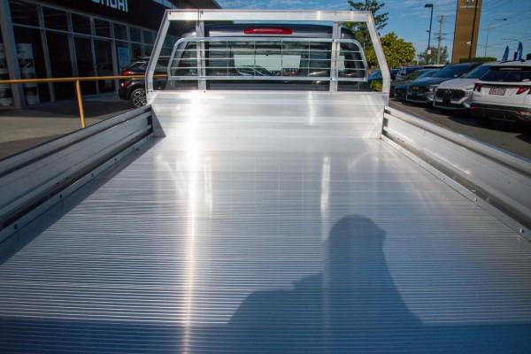 2020 MY21 Isuzu UTE D-MAX RG SX 4x2 Crew Cab Ute Cab chassis Mobile Image 9