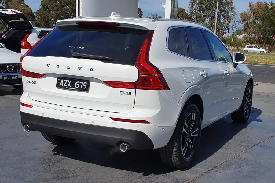 2020 Volvo XC60 UZ D4 Momentum Suv Mobile Image 4