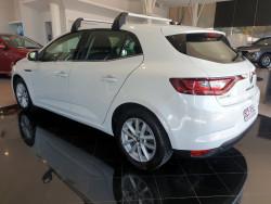 2016 Renault Megane BFB Zen Hatchback Image 5