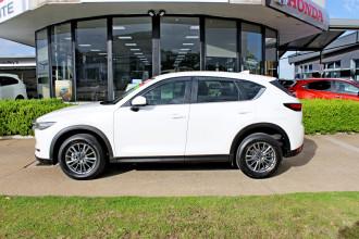 2018 Mazda CX-5 KF4WLA Touring Suv Image 5