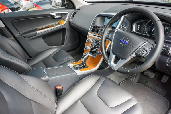 2016 Volvo XC60 (No Series) MY16 T5 Luxury Suv Image 5