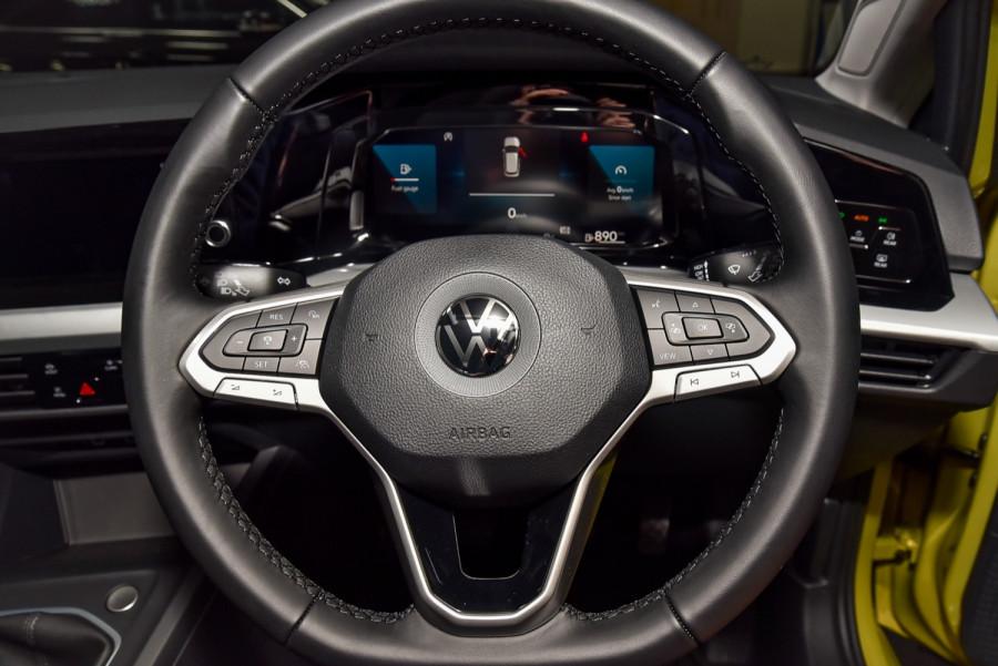 2021 Volkswagen Golf 8 110TSI Golf Hatch Image 10