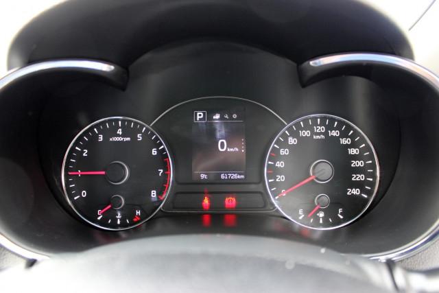 2017 Kia Cerato YD  S Hatchback Mobile Image 18