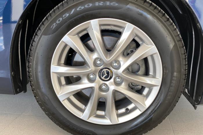 2015 Mazda 3 BM5278 Neo Sedan Image 21