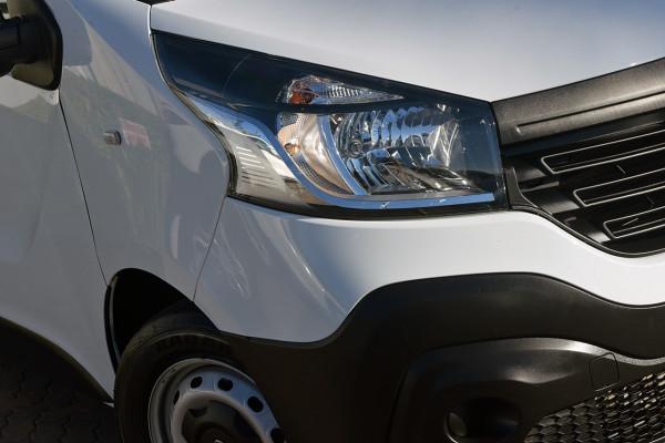 2014 Renault Trafic X83 Phase 3 3 Van Image 2
