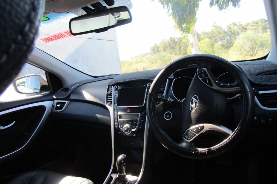 2013 MY14 Hyundai i30 GD2 Premium Hatchback Image 10
