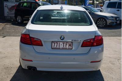 2012 BMW 5 Series F10 MY12 520d Sedan Image 5