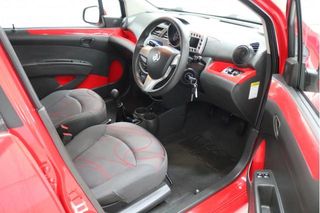 2011 Holden Barina Spark MJ MY11 CD Hatchback Image 4