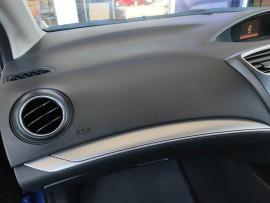 2015 Honda Civic 9th Gen Series II VTi-S Hatchback image 11
