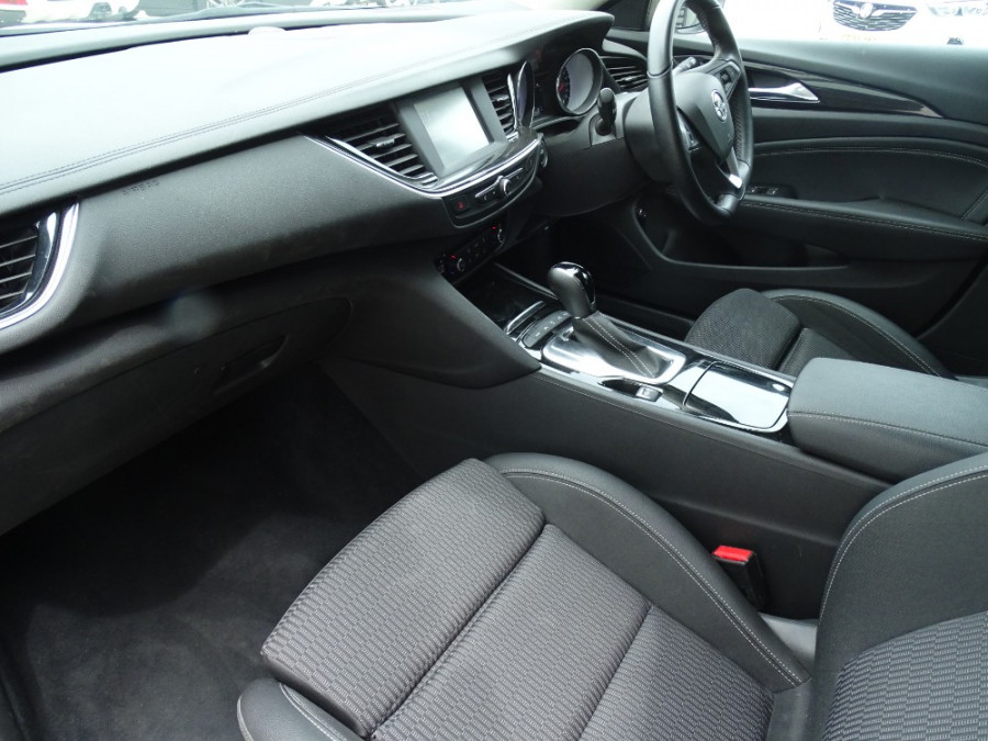 2018 Holden Commodore ZB RS Sportwagon Wagon Image 4