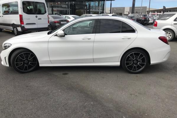 2019 Mercedes-Benz C-class Sedan Image 2