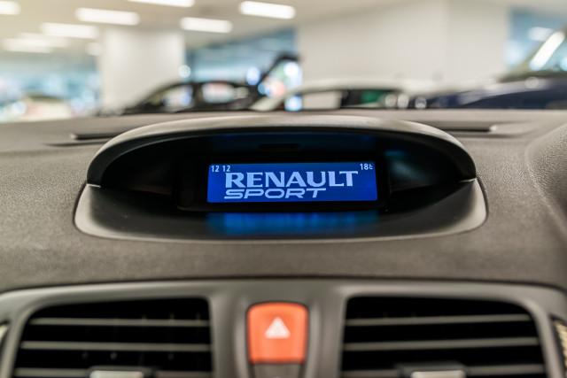 2010 Renault Megane Cup 25 of 37
