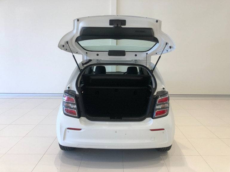 2016 Holden Barina TM LS Hatchback Image 15