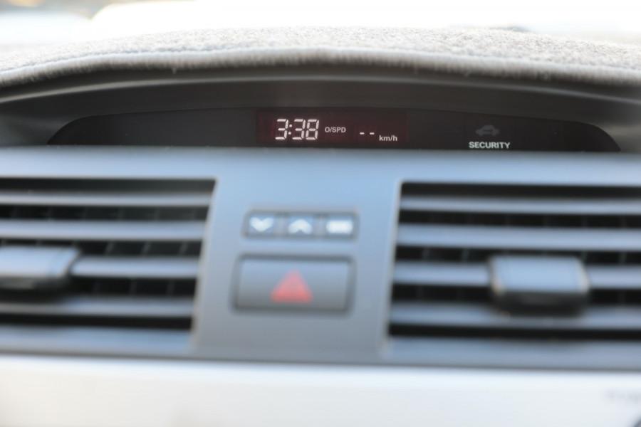 2007 Toyota Aurion GSV40R AT-X Sedan Image 16