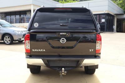 2018 Nissan Navara D23 Series 3 ST Utility Image 2