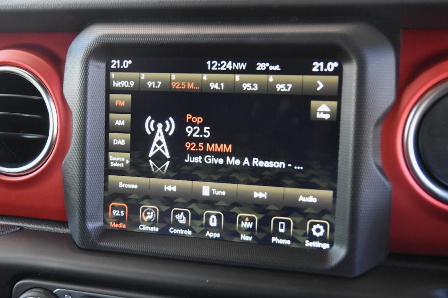 2019 MY20 Chrysler Wrangler Wagon Image 16