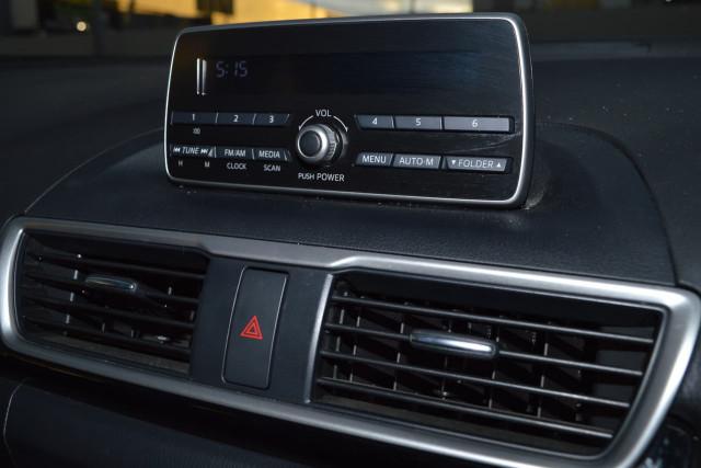 2015 Mazda 3 Neo 11 of 23