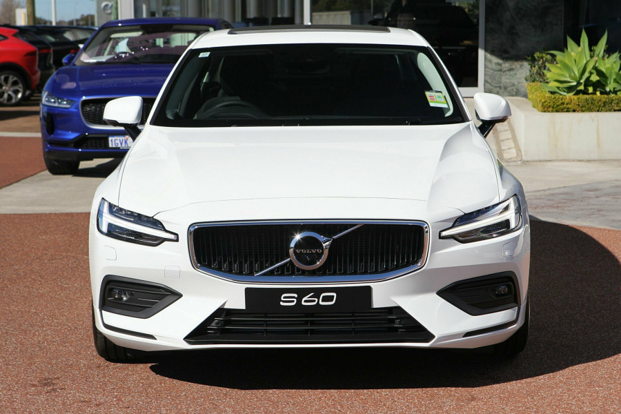 2019 MY20 Volvo S60 (No Series) T5 Momentum Sedan Mobile Image 4