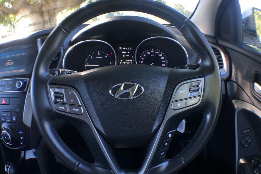 2017 MY18 Hyundai Santa Fe DM5 Series II Active Suv Mobile Image 7