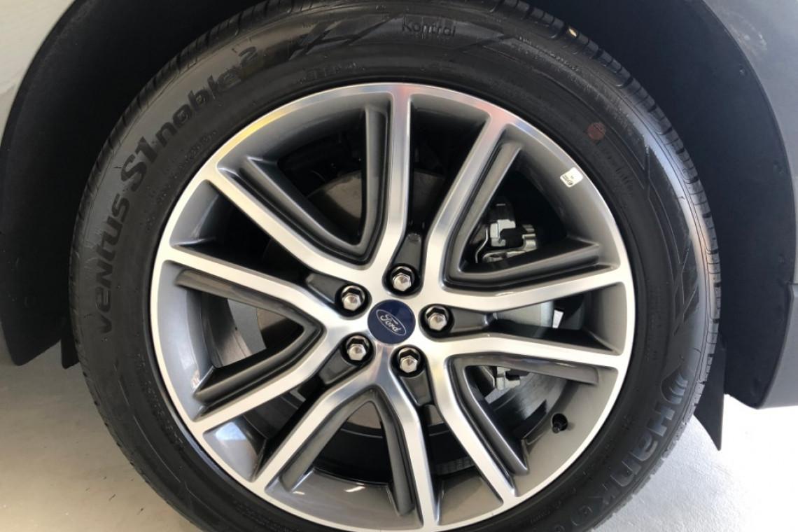 2018 MY19 Ford Endura CA Titanium Suv