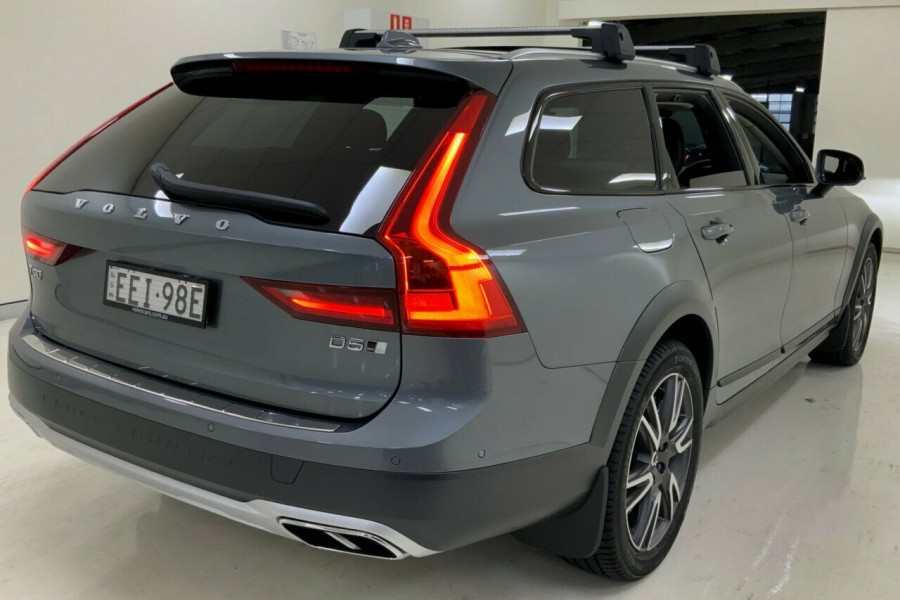 2019 MY20 Volvo V90 236 MY20 D5 Cross Country Inscription Wagon Mobile Image 4