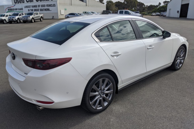 2019 Mazda 3 BP G25 Evolve Sedan Sedan Image 5