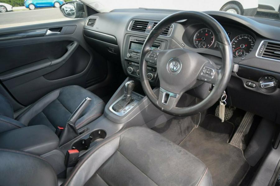 2012 MY12.5 Volkswagen Jetta 1B MY12.5 118TSI DSG Sedan Image 8