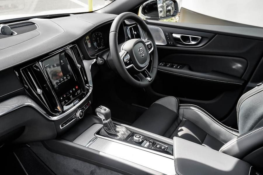 2019 Volvo V60 (No Series) MY20 T5 R-Design Wagon Mobile Image 6