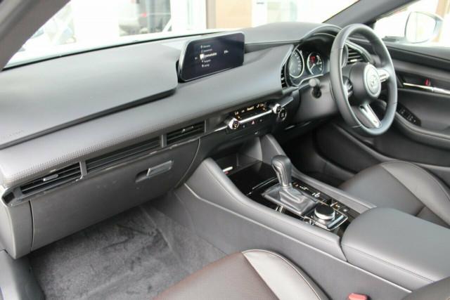 2021 Mazda 3 BP G20 Touring Hatchback Mobile Image 15