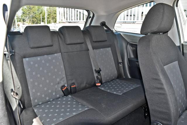 2005 Ford Fiesta WP LX Hatchback Image 11