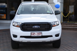 2019 Ford Ranger PX MkIII 4x2 XL Double Cab Chassis Hi-Rider Cab chassis Image 2