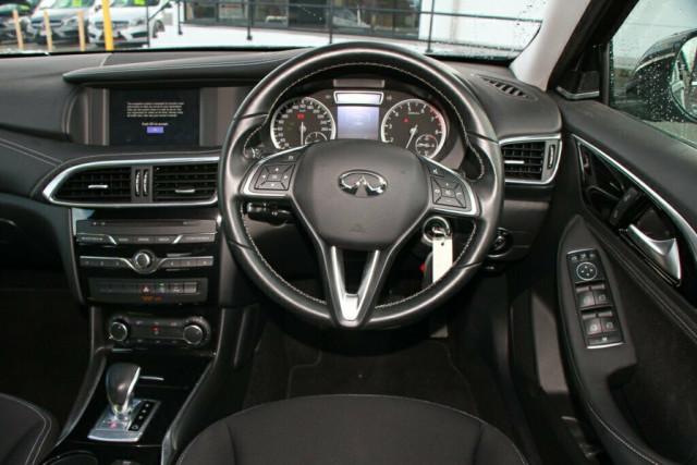 2016 Infiniti QX30 H15 GT D-CT AWD Suv Image 15