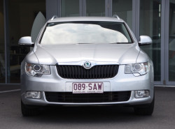 2011 Skoda Superb 3T MY11 Ambition Wagon Image 2
