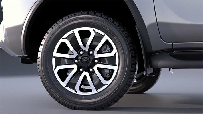 """<img src=""""Alloy wheels"""